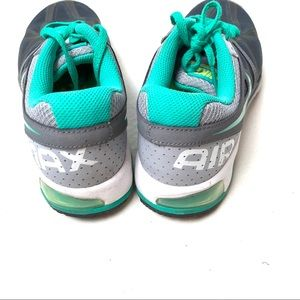 Nike Shoes - Nike Fitsole Air Max athletic shoes